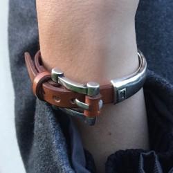 Bracelet en cuir marron camel - Ceinture argent -