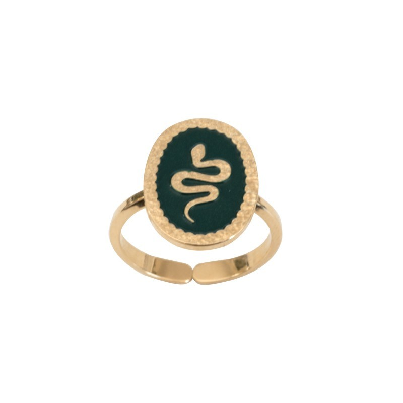 Bague Serpent - Bague ajustable dorée sur fond vert