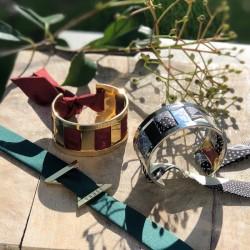 Exemple de bracelet manchette à nouer avec le ruban de soie de 4 cm