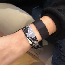 Bracelet à nouer - Ruban de soie Noir - 2 cm