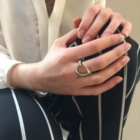 Bague Large métal anneaux enlacés