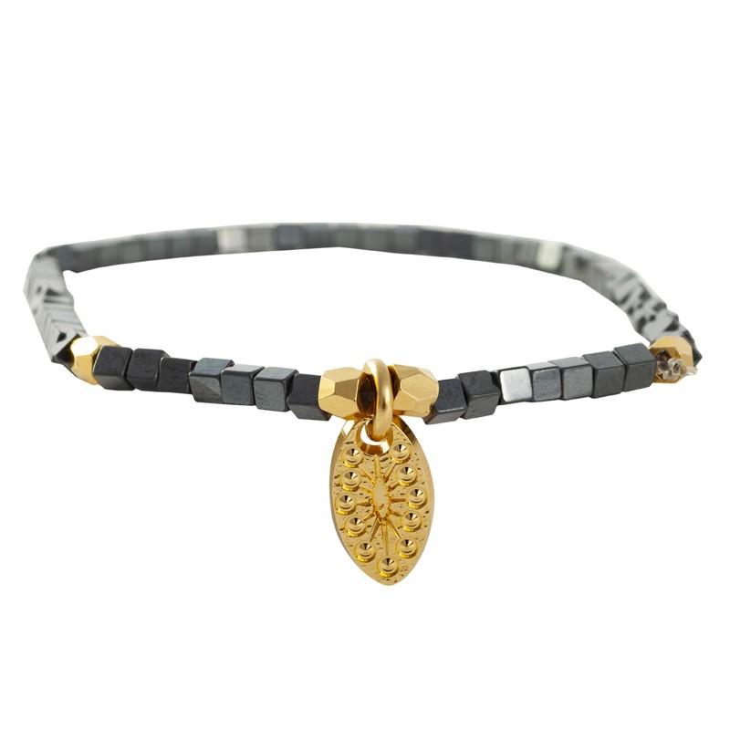 Lovely Day Bijoux - Bracelet élastiqué Nova - Perles cubes hématites & Médaille feuille ovale
