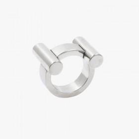 Bague large CXC tout métal Argent - la H - anneau rehaussé d'un graphique en forme de H
