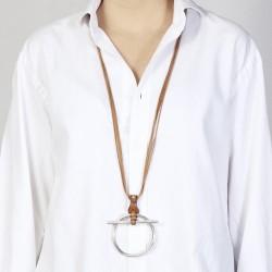 Collier sautoir TROT métal - Liens cuir camel & Pendentif anneau barrette CXC