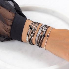 Jolie composition de bracelets noir argent signés Doriane Bijoux