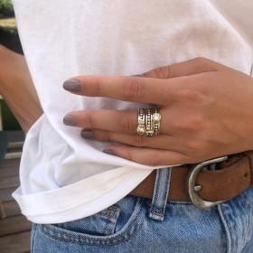 Bague large TRILOGIE argent doré - Trois anneaux & Trois zircons blancs de la marque Canyon