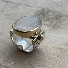 Grosse bague ethnique argent doré CANYON Pierre de Lune